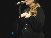 Adele gana el Grammy de mejor álbum!