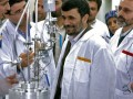 Irán presenta 4 reactores nucleares nuevos, con fines médicos